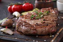 Red MEnü / Dengeli, sağlıklı beslenmek ve daima fit kalmak isteyenlerin öncelikli tercihi GurmeFit, seçkin menüsü ile hem formunuzu, hem de damak zevkinizi korumanıza yardımcı oluyor. Et yemeklerinden vazgeçemeyenler için, Red Menü'de Türk ve Dünya mutfağının seçkin menülerinden sağlıklı ve bir o kadar enfes seçenekler, GurmeFit'in eşsiz yorumuyla beğeninize sunuluyor. Red Menü'den seçeceğiniz her öğün, ortalama 450-550 kalorilik enerji sağlayacaktır.