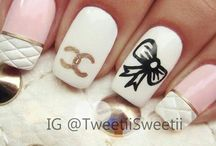Nail art paradise / Nail art for those girly, crazy or creative nails painting days! So scroll through my pics and polish away! If you find something you like, just get your stuff and try your best! You could also inspire someone to paint their nails and feel more confident!