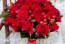 red wedding flower theme