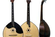 MUSICarte (Instrumentos) / Todos los instrumentos de cuerda que me fascinan (cientos de familias de laúdes, mandolinas, saz, ukeleles, dulcimers, sitares...)... y algún otro. / by José Manuel Alvarez