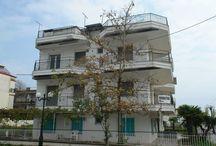 Πωλείται Ξενοδοχείο στην Παραλία Κατερίνης / Ξνοδοχείο είκοσι μέτρα απο την θάλασσα σχεδόν μπροστά στο κύμα,σε πολυσύχναστη περιοχή στην παραλία Κατερίνης  σε καλή κατάσταση με δεκαπέντε δωμάτια .  http://www.girni-realestate.com , Τηλ: +30 23510 62720 Κιν: +30 6978 553773 Fax: +30 23510 62720 Email: info@girni-realestate.com