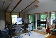 MonkMusic, Long Island New York / Multi-Grammy winning engineer Cynthia Daniels has added MonkMusic, a sophisticated recording studio, to her East Hampton home. Catering to a first-tier client base, which includes 'local' residents Paul McCartney and Alec Baldwin required superb acoustics and elegant aesthetics. To meet these goals, Daniels reached out to Walters-Storyk Design Group .