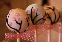 Cakes, Cupcakes & Cakepops / by Donna Russell-Robinson