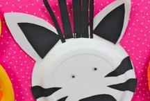 Animals All Around / Enjoy these crafts and activities about wild animals!