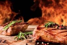 Carne alla brace - Grilled meat  / Black Angus, chianina, filetto e entrecote: la carne alla brace che fa venire l'acquolina in bocca - Grilled meat: Black Angus, Chianina, fillet and entrecote