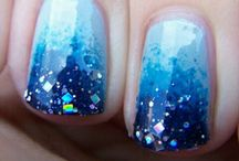 finger nail designs / by Brianne Leising