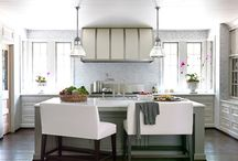 Dream Kitchens / by Robin Epstein