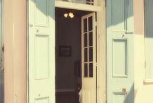 DOORS TO THE WORLD