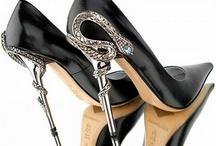 Teetering on Heels! / dunno how survive these heels!