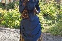 victorian gowns, bustle gowns, 1800-1850's-1900 dresses and clothing, steampunk, reenactor clothing