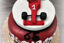 Ferrari Cake  / Per gli appassionati della scuderia piu' vincente della #Formula #1...ecco a voi la #Ferrari #Cake #Torta #Decorata #Laboratorio #Castelli #Romani www.torteamorefantasia.com