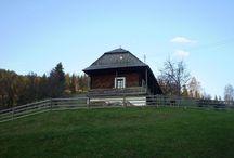 Log houses / Transylvanian traditional / Boronaházak a Gyimesekben--Csángó népi építészeti csodák
