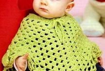 poncho bebe / poncho crosetat