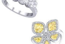 Jewelry / Amazing jewelry we can't help but love. / by Ana Martins Communications