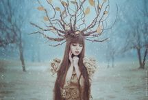 Photography / Ukrainian Photographer Brings Fairytales To Life In Magical Portraits Of Women With Animals  http://www.boredpanda.com/fairytale-photography-women-animals-anita-anti/