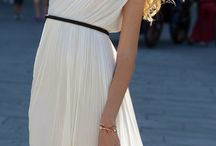 Maxi dresses / by Gracie Doyle