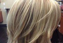 Haar schnitt / mittellanges Haar