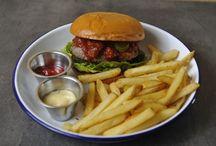 Die besten Burger Restaurants in Hamburg / Hier findet ihr eine Auswahl der 5 besten Burger Restaurants in Hamburg. Was sagt ihr dazu? Ist euer Lieblings Burger Restaurant dabei?