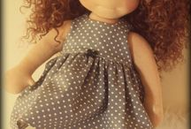 Bonecas e bonecos