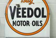 Signage: Vintage Oil & Gas