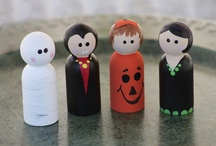 Peg dolls / by Lisa Tinordi