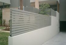 bahçe duvarı