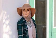 Hijab w hat