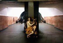 Alexey Kondakov / Artist Alexey Kondakov Imagines Figures from Classical Paintings as Part of Contemporary Life