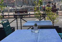 Tables en terrazzo du restaurant «La Piscine» _Vieux Port Marseille