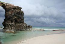 Referencias: Formaciones Rocosas / Precipicios, acantilados, rocas, cuevas, cavernas... y también playas...