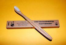 Produkty stomatologiczne / pasta#szczotka#płyn do płukania#produkty stomatologiczne#dentysta# http://www.declinic.pl