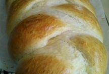 Bread / by Danielle Dearcorn