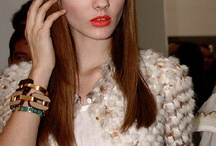 Red lips look / by emmanuelle Chartier