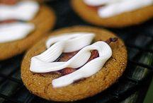 desserts   eftirréttir / pastry, sætabrauð   cakes, kaka : kökur    Nutella uses dirty palm oil (try to make ur own) / by Sven