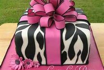Pretty cakes / by Cindy Pruitt Allison