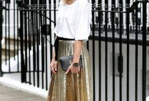 Pleated skirt love