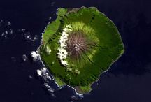 Aerial volcanoes / Maps and satellite images for inspiration