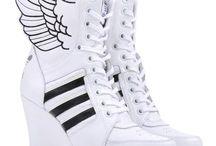 Sneakerzzzz