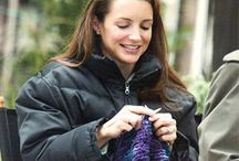 Celebrity Knitters / Celebrities indulging in the art of knitting!
