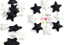 Star Bendies / Our flexible Star Bendies are great to reach those back molars. They bend, twist and squash so much that you and your little one will find it hard to put them down!