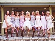 Weddings / by Sara Schulken