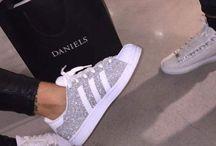 Kivat kengät
