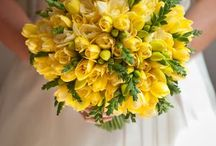 Yellow wedding theme / Some gorgeous ideas for wedding flowers and venue decorations in vibrant yellow shades, mixed with other colours to show range of contrasting colours you can use to compliment a yellow theme.
