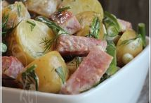 Salade-repas de pommes de terre grelots, de haricots et de jambon