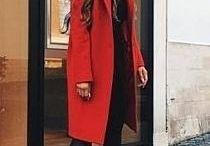 Manteaux rouges