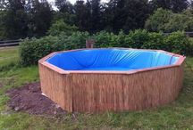 Swimming Pool Made From 9 Wooden Pallets