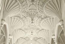 Architectural Detail Fantastico / by Kathi Hermann