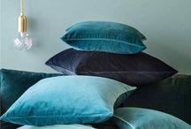 blue hues / teintes bleues