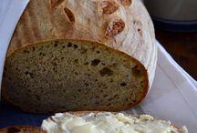 Chléb, rohlíky, bagety