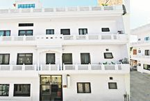 budget hotel in jaipur near railway station / satkar  hotel near railway station is a best in budget for families. just call for booking at 09414255755